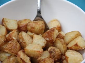 Spicy Parmesan potatoes