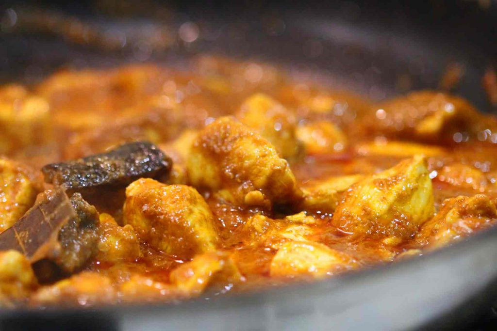 Punjabi Tomato Chicken Curry
