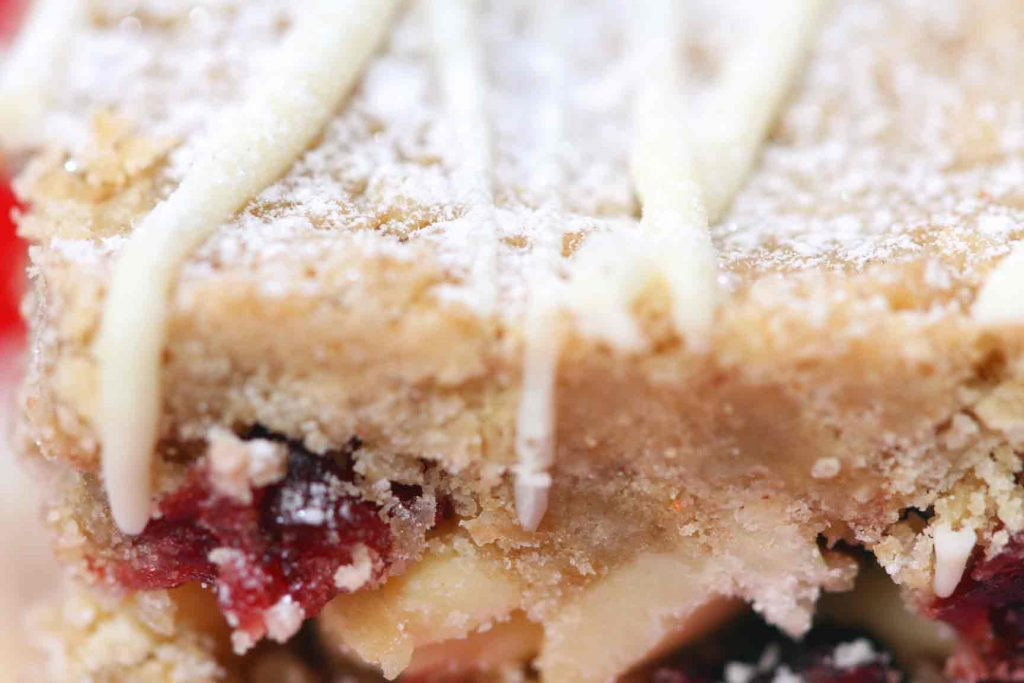 White Chocolate Cranberry Crumbles